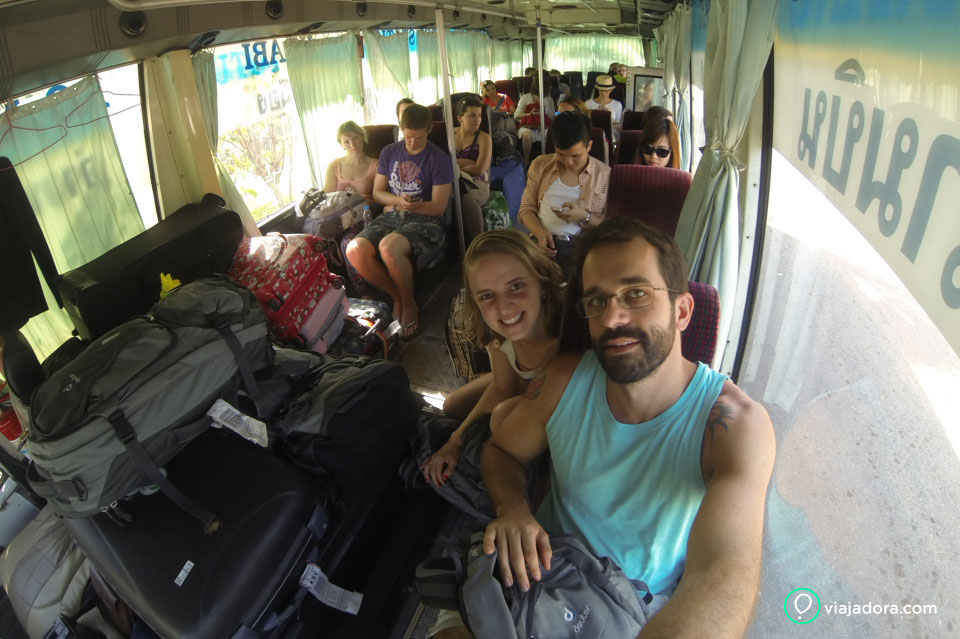 shuttle-bus-railay